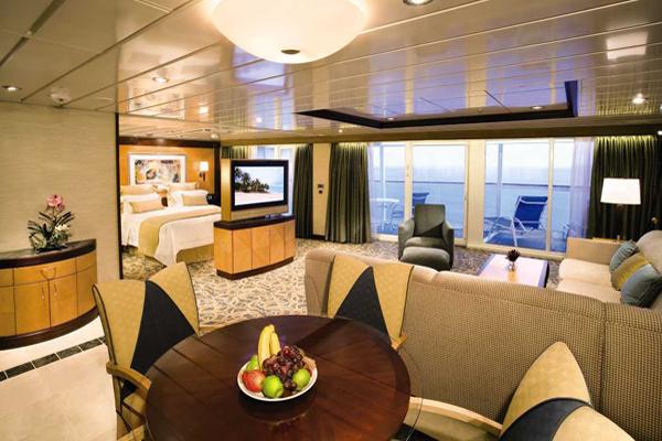 Le suite sulle navi royal caribbean foto for Piani artigiani con suite in suocera