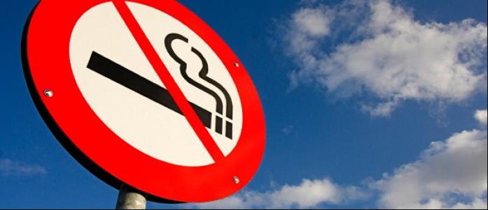Fumare in crociera: ecco le norme che vigono a bordo
