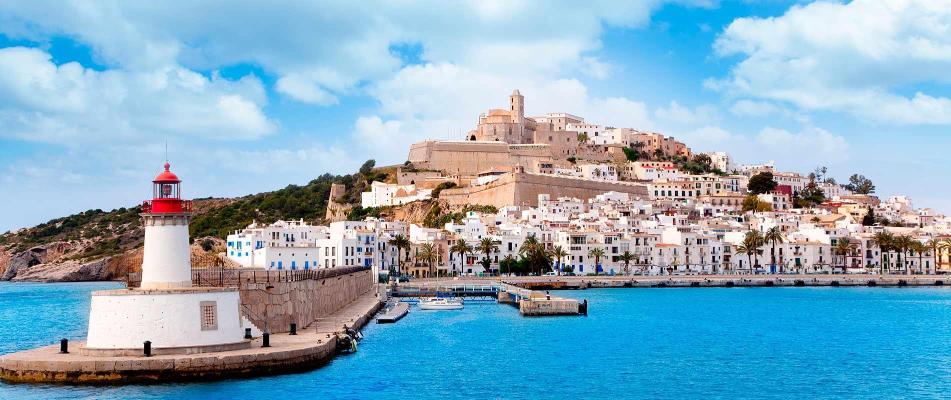 Ibiza e Formentera. Le due meravigliose isole dalla tua crociera nel Mediterraneo