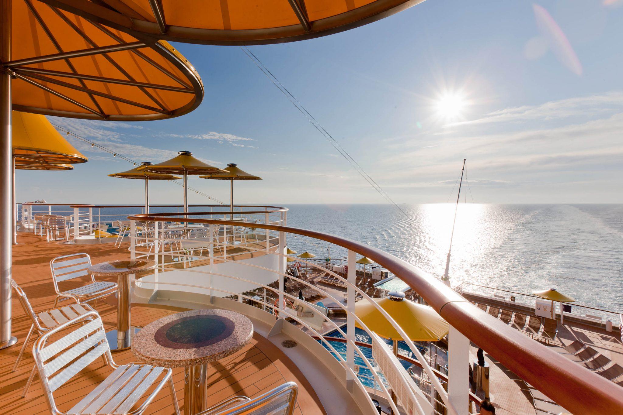 Crociera costa fascinosa la nave vip il blog di for Costa favolosa ponti