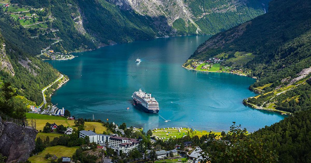 Crociera nei fiordi norvegesi. Qual è il periodo migliore?