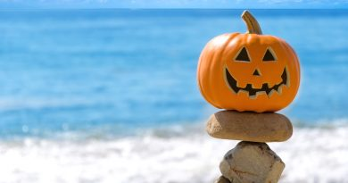 halloween costa flash sales